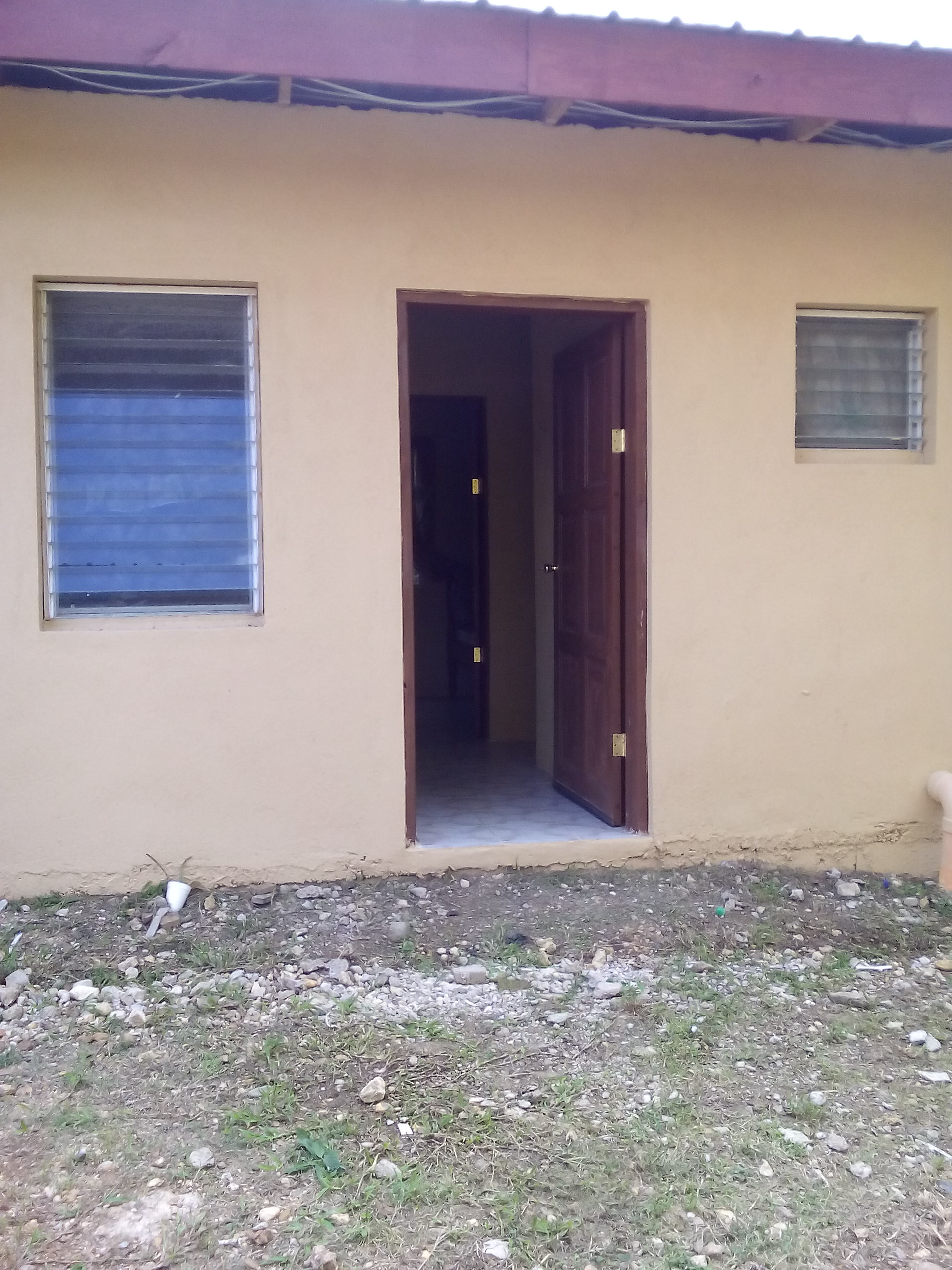 One Bedroom Apartments For Rent In Belmopan $550.00 Monthly
