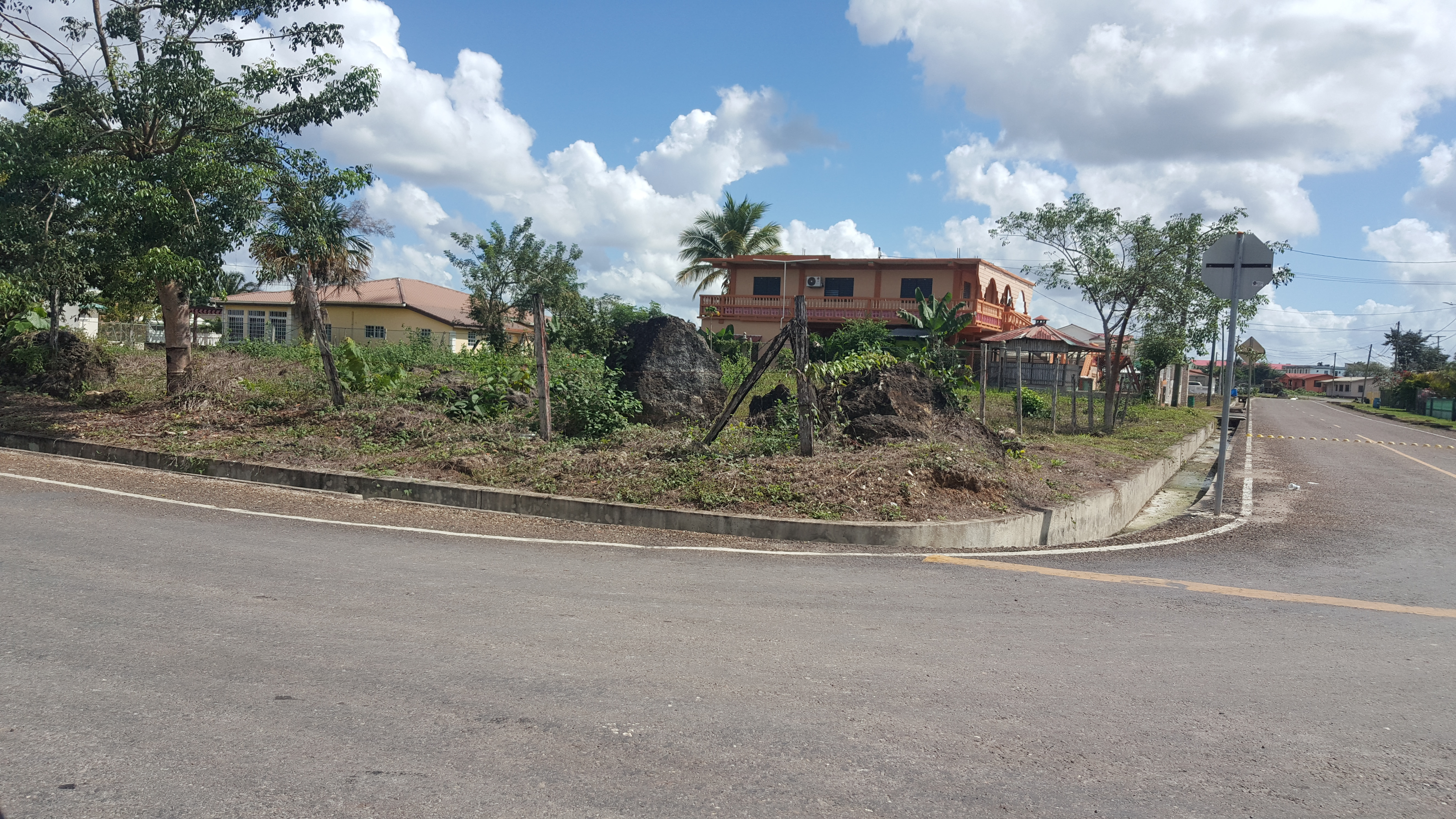 DOUBLE LOT FOR SALE IN BELMOPAN CITY